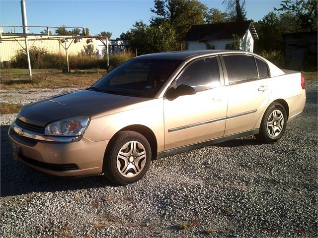 Chevrolet Malibu 2005 price $2,500