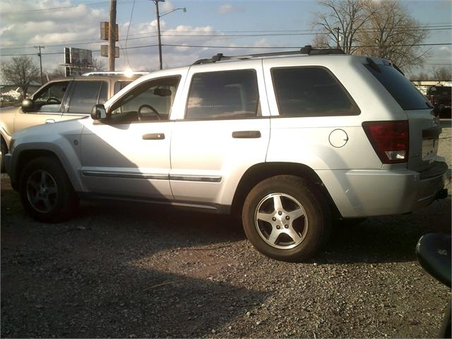 Jeep Grand Cherokee 2005 price $4,000