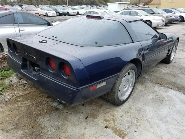 Chervrolet Corvette 1988 price $5,000