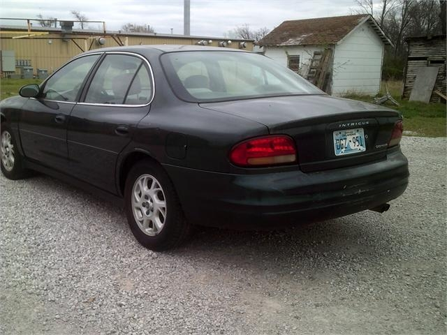 Oldsmobile Intrigue 2000 price $1,000