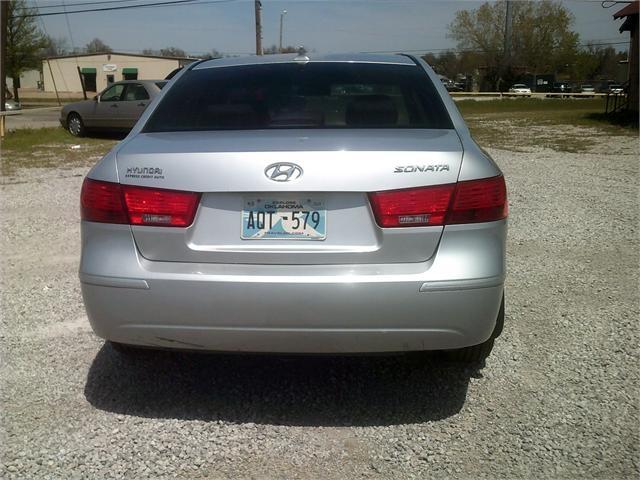 Hyundai Sonata 2010 price $3,500