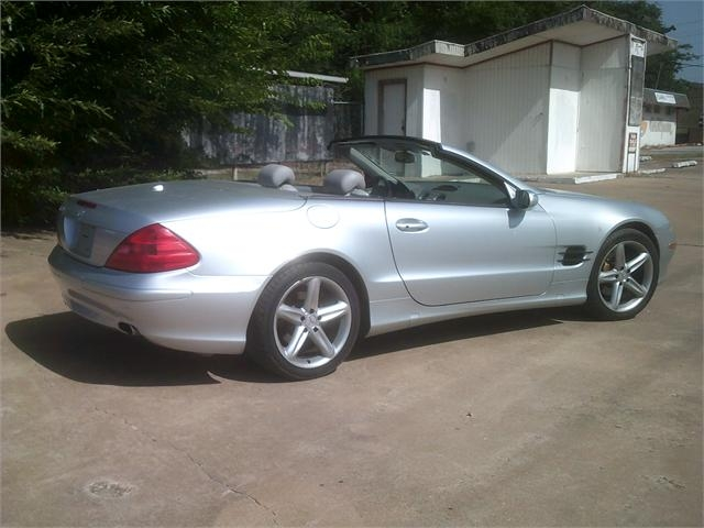 Mercedes-Benz SL-Class 2006 price $12,000