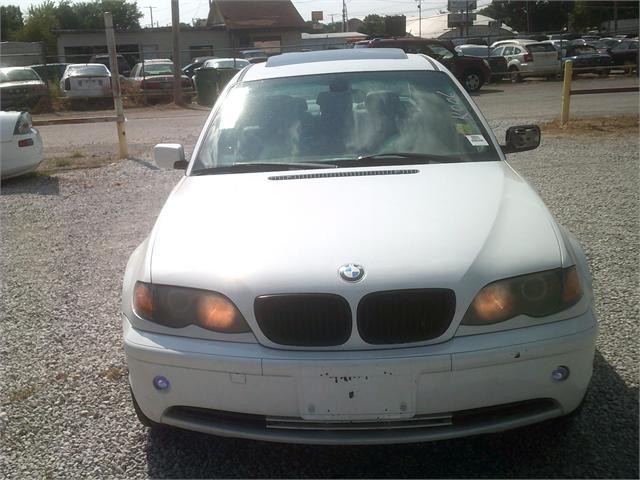 BMW 3-SERIES 2003 price $3,000
