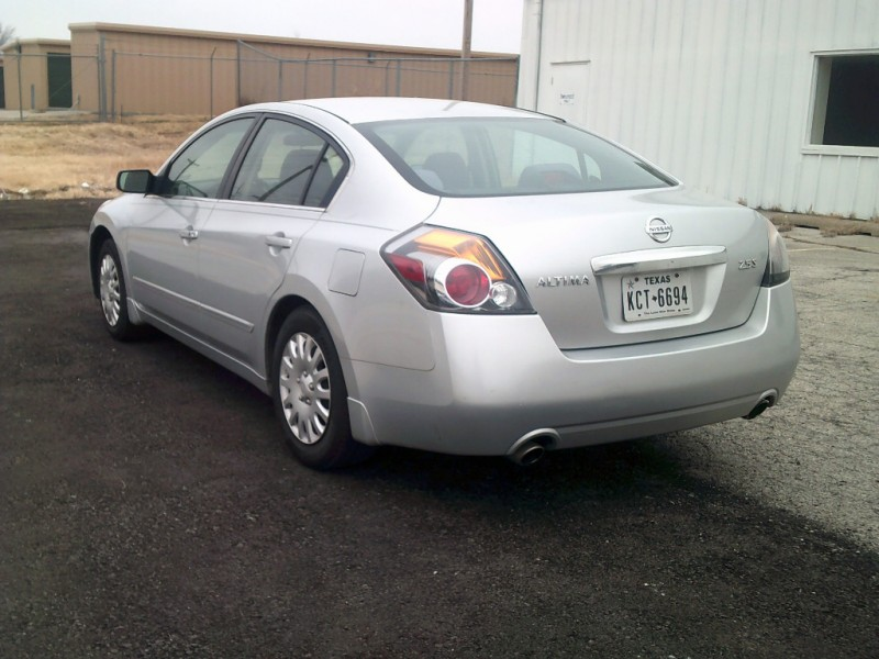 Nissan Altima 2010 price $4,500
