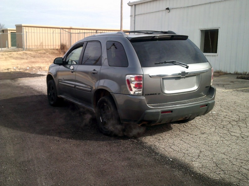 Chevrolet Equinox 2005 price $3,500