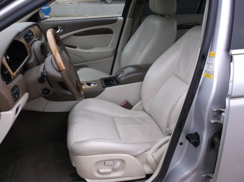 Jaguar S-TYPE 2005 price $3,000