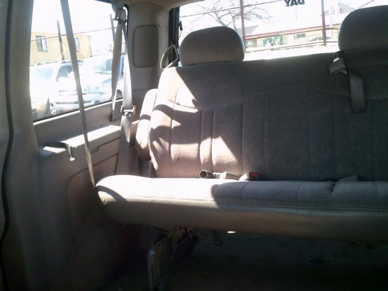 Chevrolet Astro Passenger 1998 price $1,000