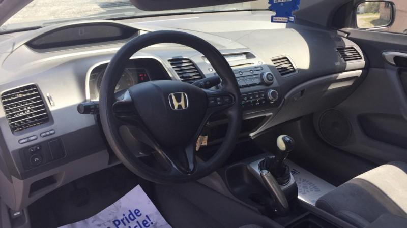 Honda Civic coupe 2006 price $4,000