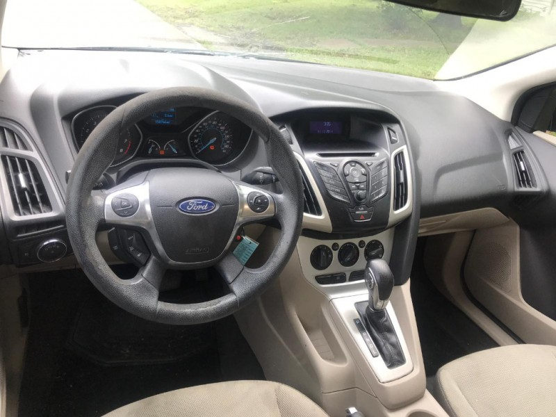 Ford Focus 2012 price $5,000