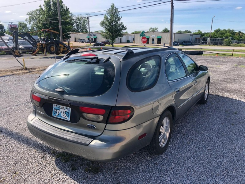 Ford Taurus 2003 price $3,000