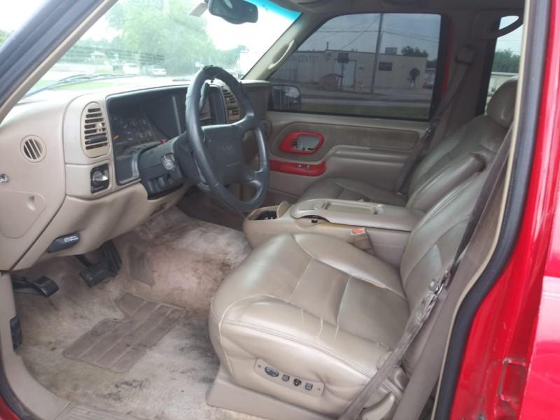 GMC Yukon 1997 price $2,000