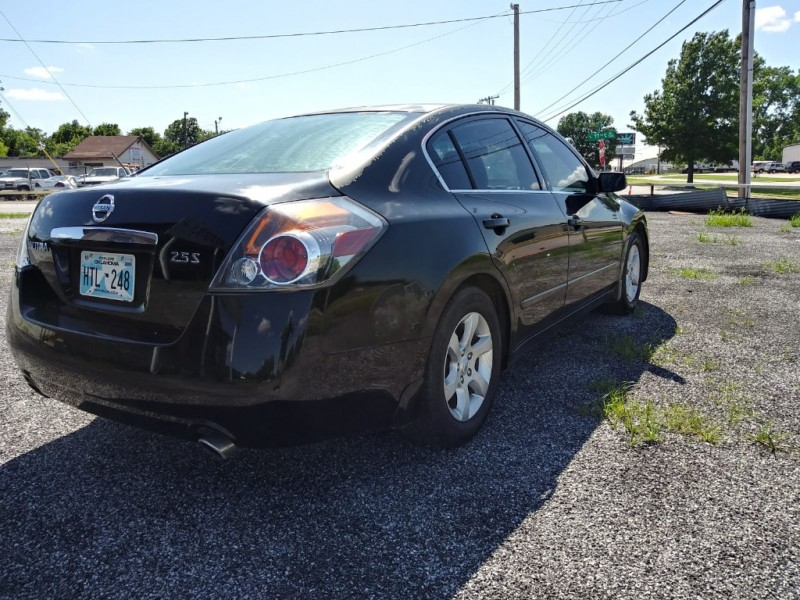Nissan Altima 2007 price $3,500