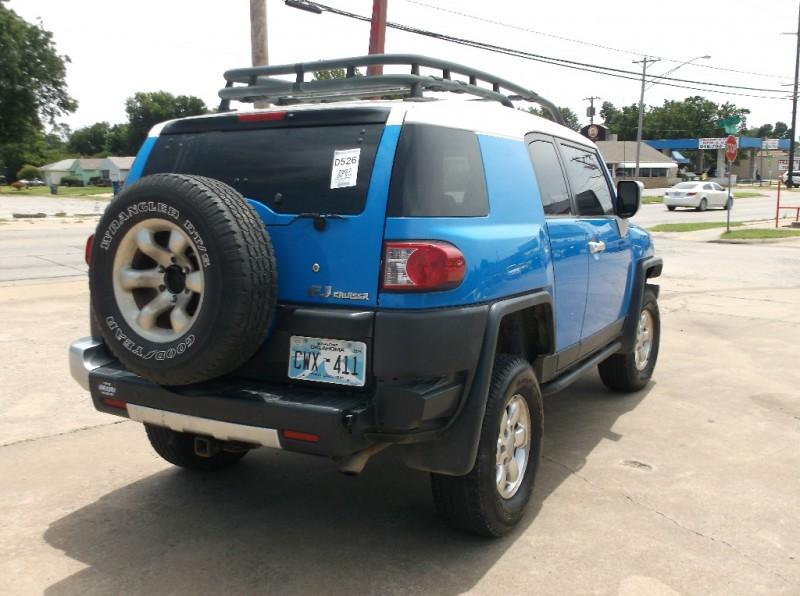 Toyota FJ Cruiser 2007 price $11,500