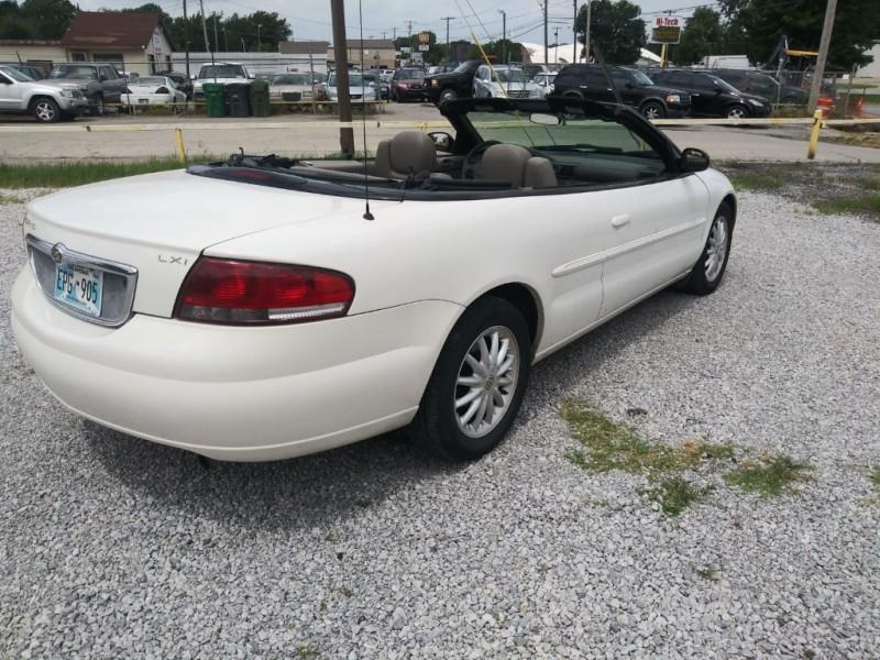 Chrysler Sebring 2003 price $2,500