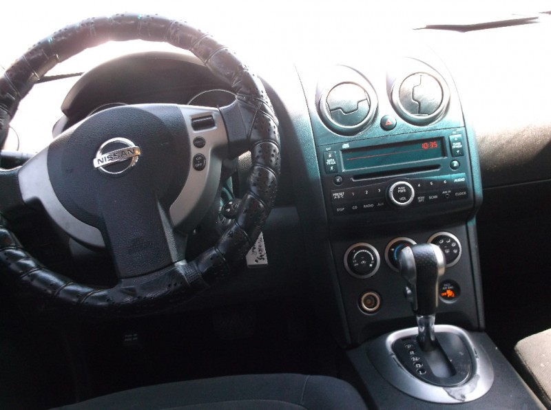 Nissan Rogue 2009 price $4,000