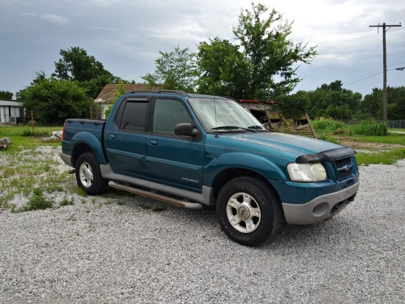 Ford Explorer Sport Trac 2001 price $2,500