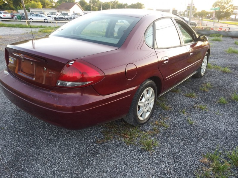 Ford Taurus 2007 price $2,000