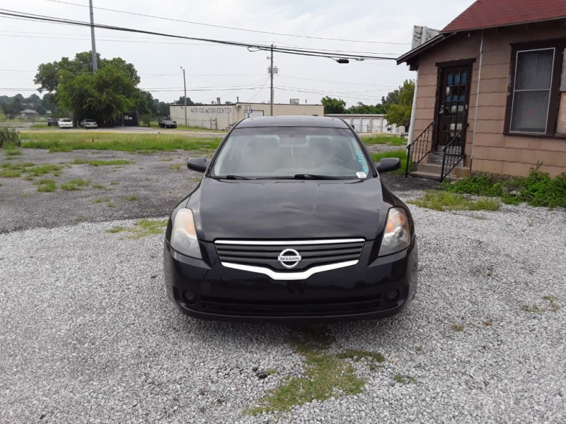 Nissan Altima 2008 price $3,000