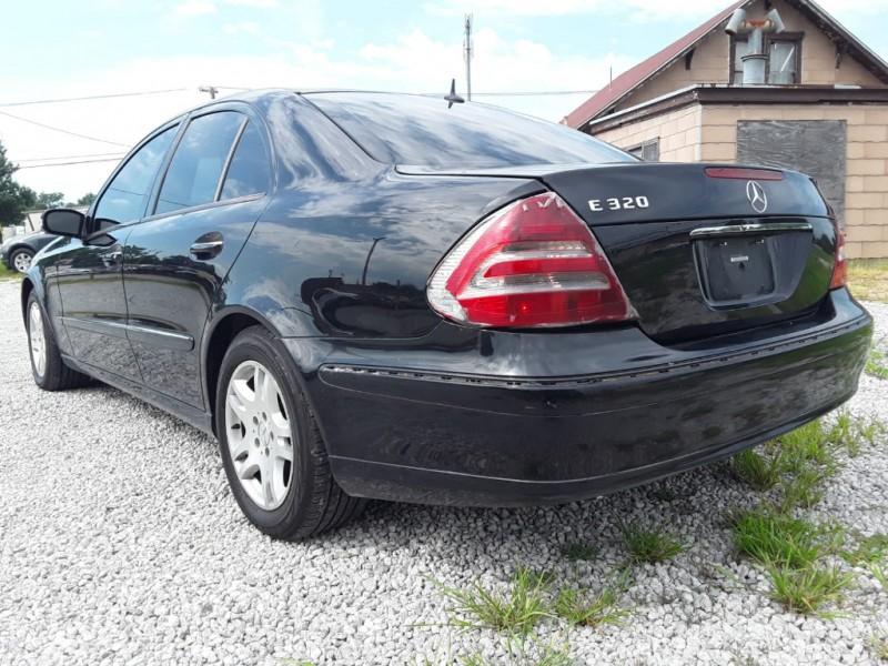Mercedes-Benz E-Class 2003 price $3,000