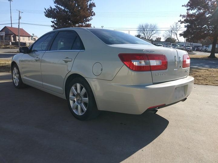Lincoln MKZ 2007 price $2,500
