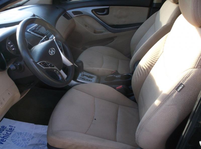 Hyundai Elantra 2012 price $4,500
