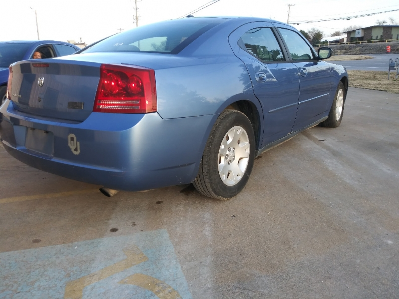 Dodge Charger 2007 price $3,000