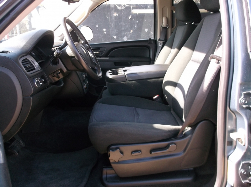 Chevrolet Tahoe 2010 price $10,000
