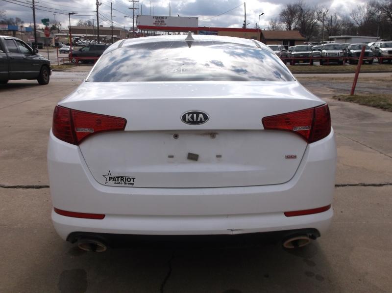 Kia Optima 2013 price $6,000