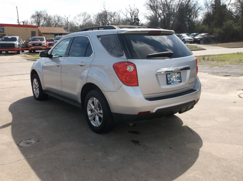Chevrolet Equinox 2011 price $6,000