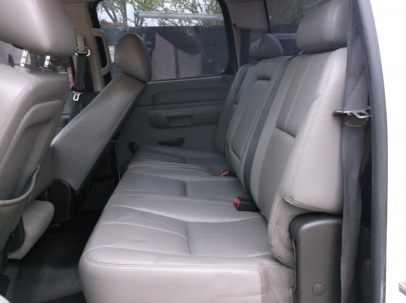 Chevrolet Silverado 3500HD 2010 price $10,000