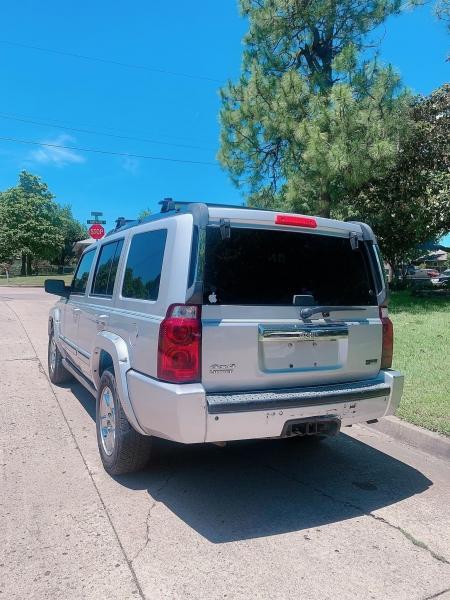 Jeep Commander 2007 price $4,000