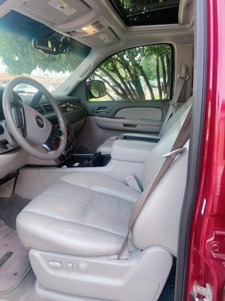 Chevrolet Suburban 2007 price $10,000