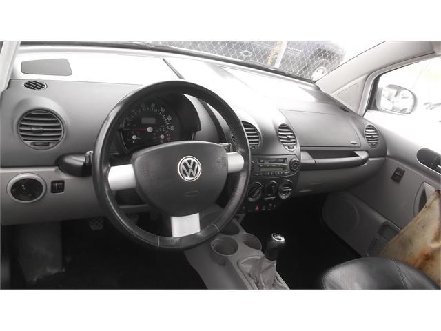 Volkswagen New Beetle 2001 price $2,500