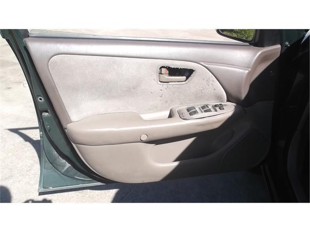 Toyota Camry 1999 price $1,800