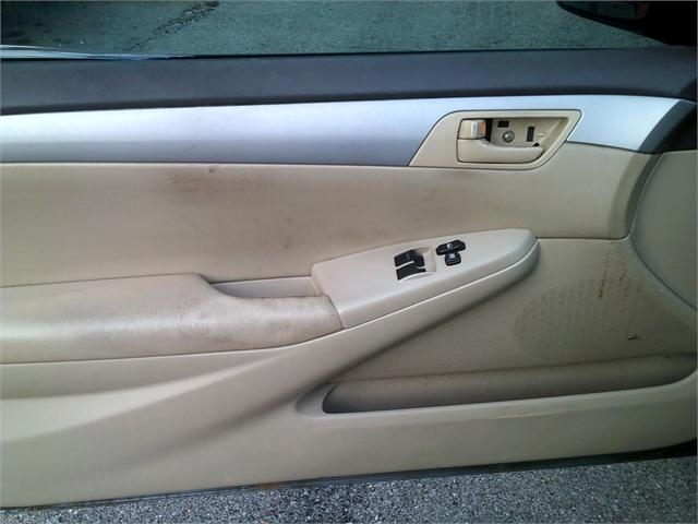 Toyota Camry Solara 2004 price $3,500
