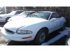 Buick Riviera 1995