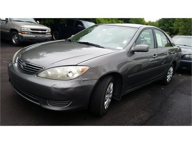 Toyota Camry 2005 price $4,000