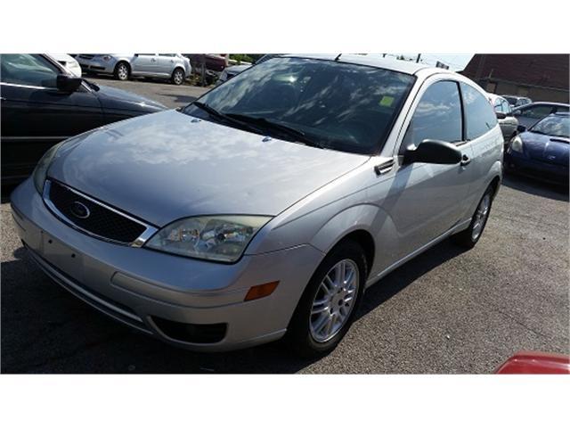 Ford Focus 2005 price $3,000