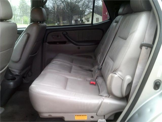 Toyota Sequoia 2002 price $4,000