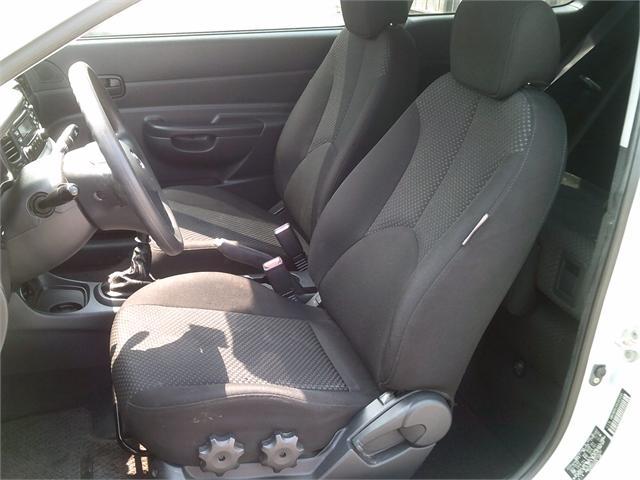Hyundai Accent 2008 price $3,000