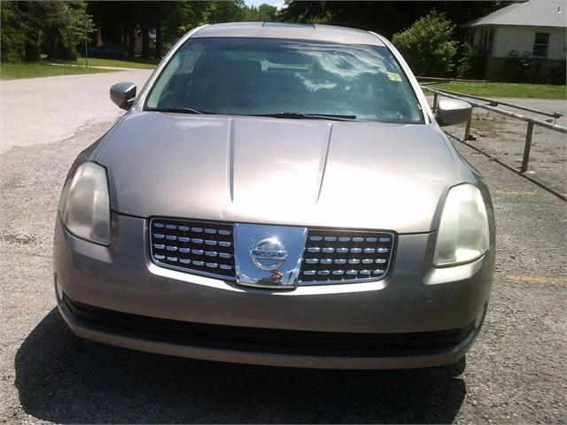 Nissan Maxima 2006 price $5,500