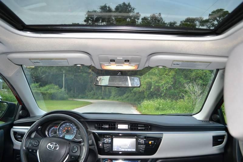 Toyota Corolla 2016 price $12,600