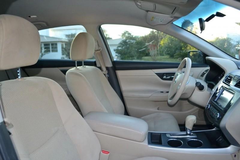 Nissan Altima 2015 price $10,865