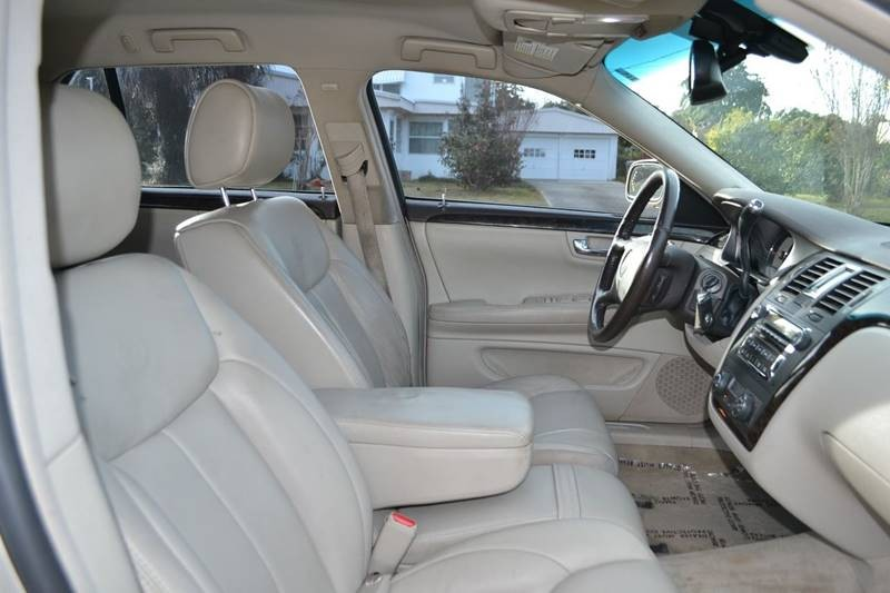 Cadillac DTS 2008 price $6,375