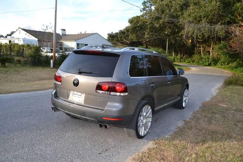 Volkswagen Touareg 2 2008 price $9,865