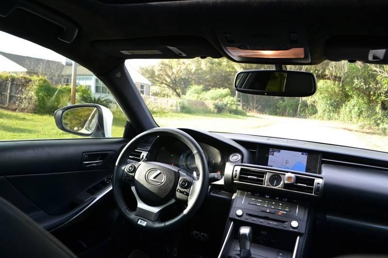 Lexus IS 350 2015 price $23,865