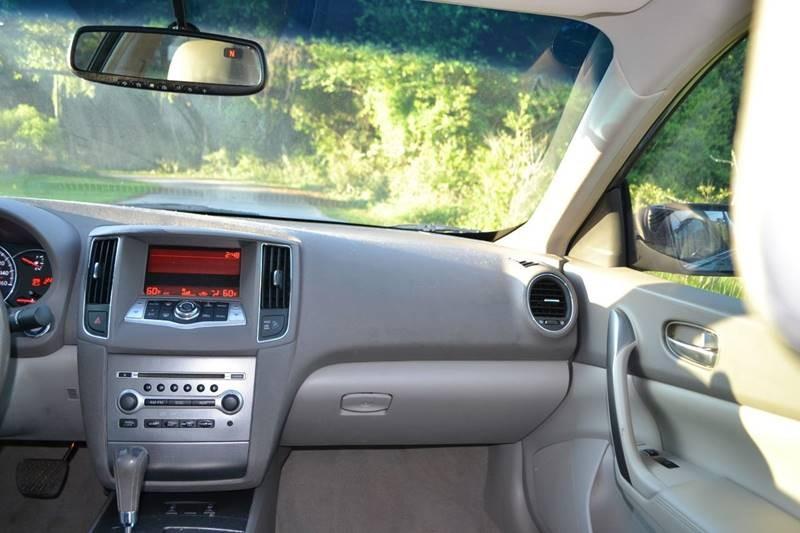 Nissan Maxima 2009 price $8,165