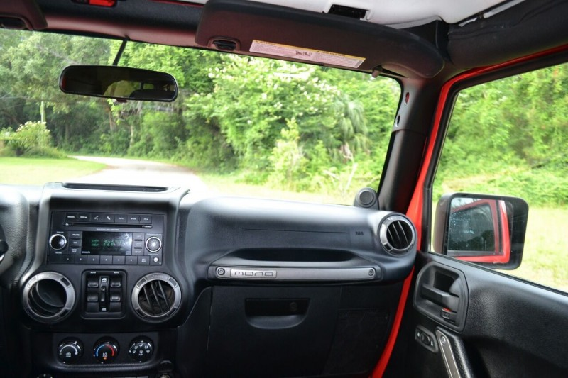 Jeep Wrangler Unlimited 2013 price $23,600