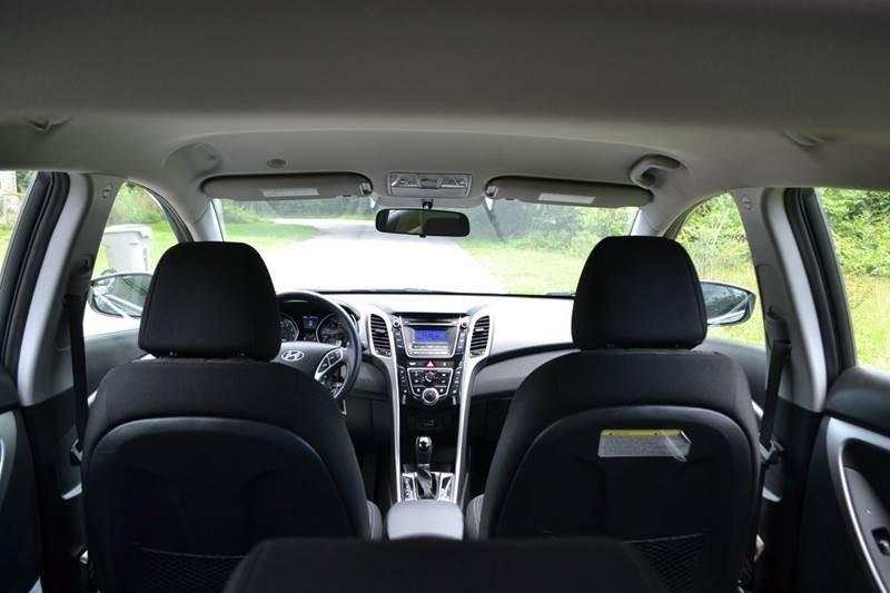 Hyundai Elantra GT 2016 price $9,865