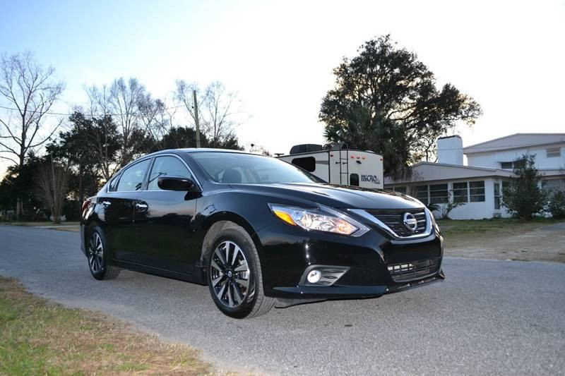 Nissan Altima 2018 price $15,600